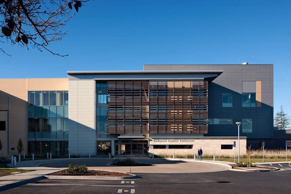 Queen of the Valley Acute Care Medical Pavilion